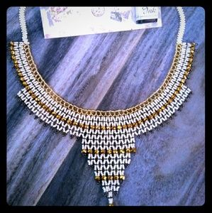 Jewelry - Stay focused and extra sparkly with this necklace!